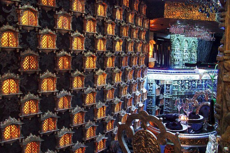 Десять необычных ресторанов и кафе Киева