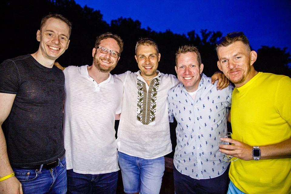 Валерий Красовский и Дмитрий Вартанян с коллегами и партнерами
