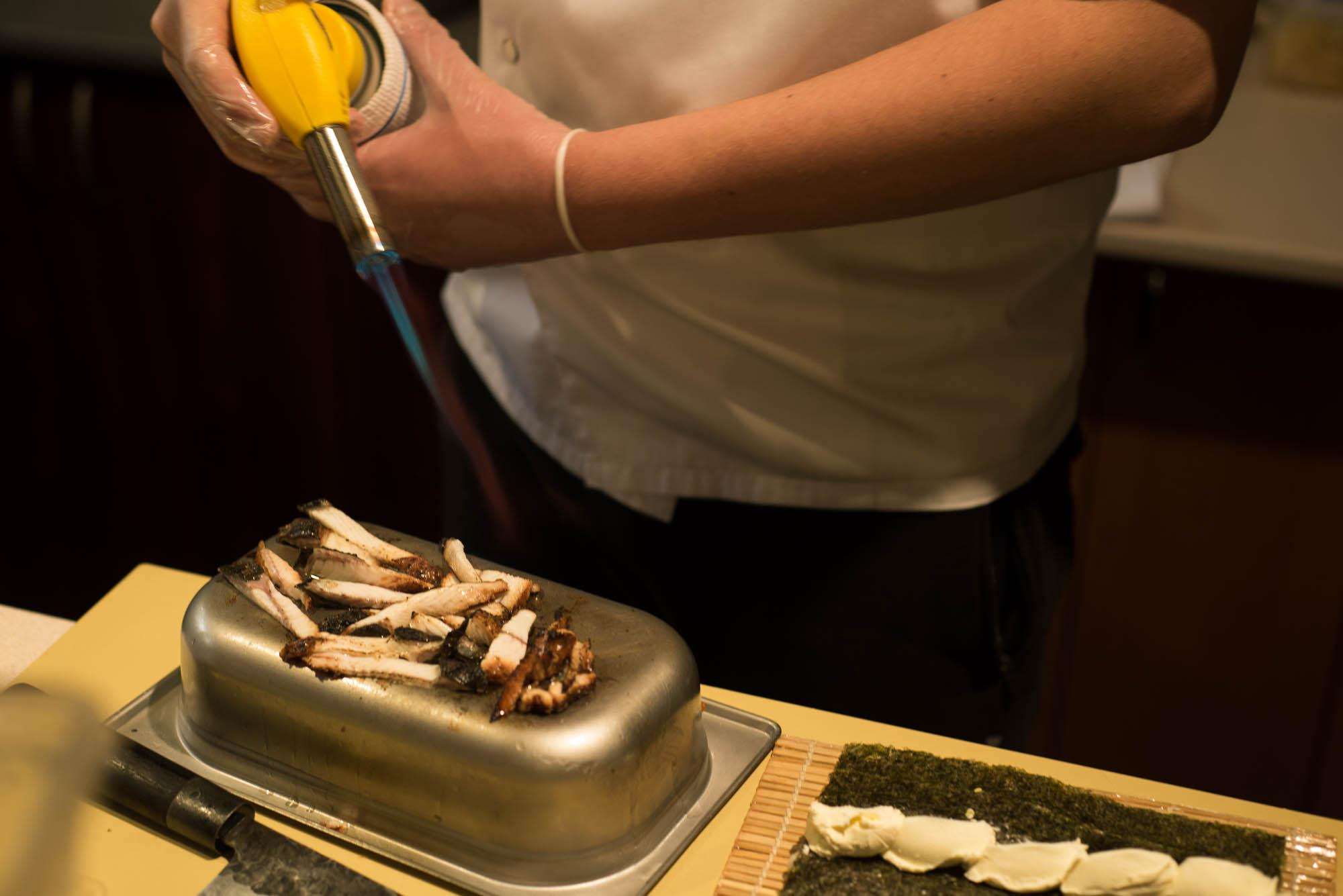Порция роллов в ресторане «Авторская студия суши» стоит 250 гривен
