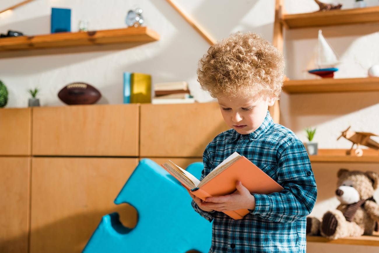 Ваш ребенок вырастет умнее, если будет с детства говорить на двух языках. Что для этого делать