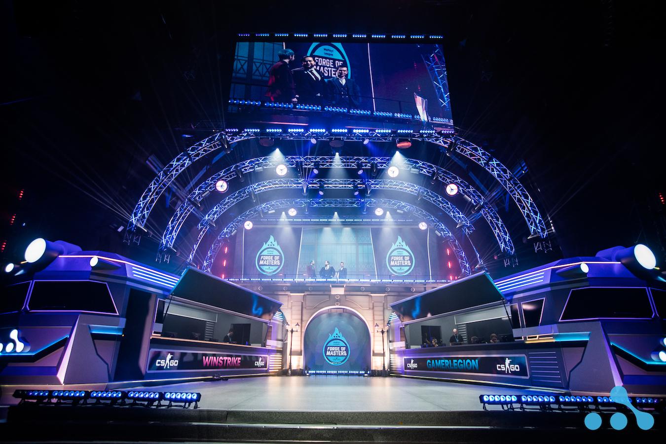 Кіберспортивні турніри тривають по 8-12 годин протягом 4-20 днів