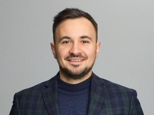 Роман Катеринчик — руководитель IT-компании Artjoker. В колонке для MC today он поделился историей, как два студента пытались заработать на карманные расходы, а в итоге создали одну из крупнейших украинских компаний по веб-разработке.