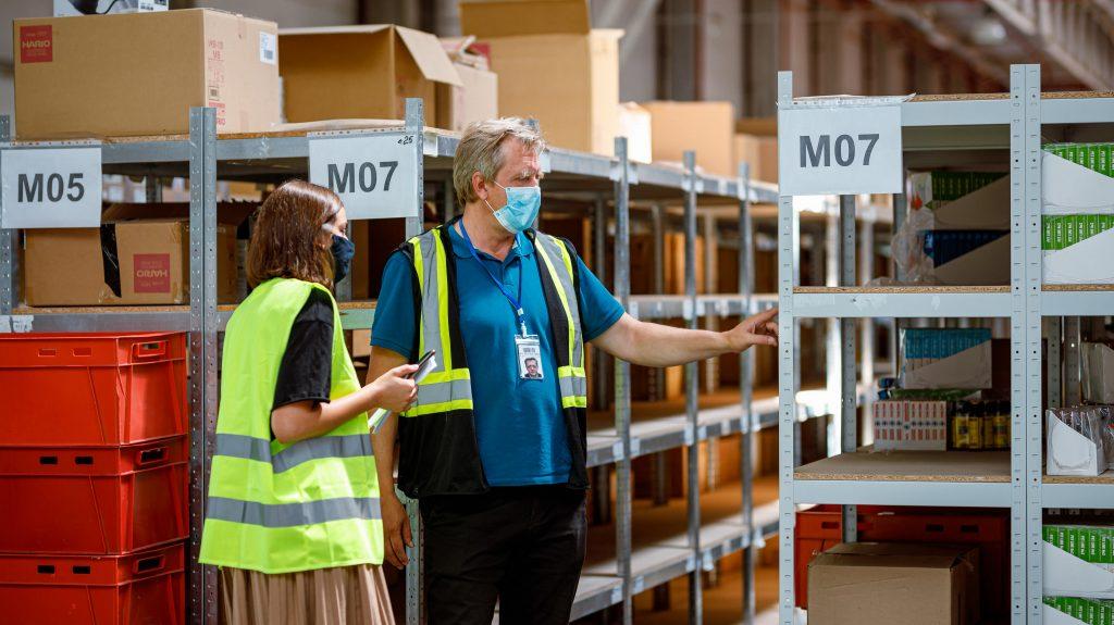 Как работает самый большой фулфилмент-склад «Новой почты»