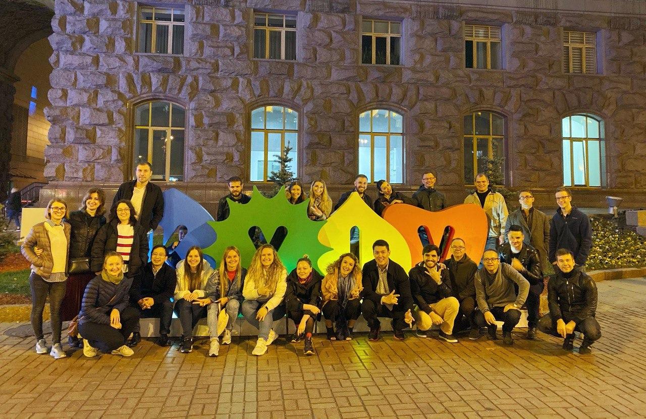 Команда iDeals в Киеве/ Фото из личного архива