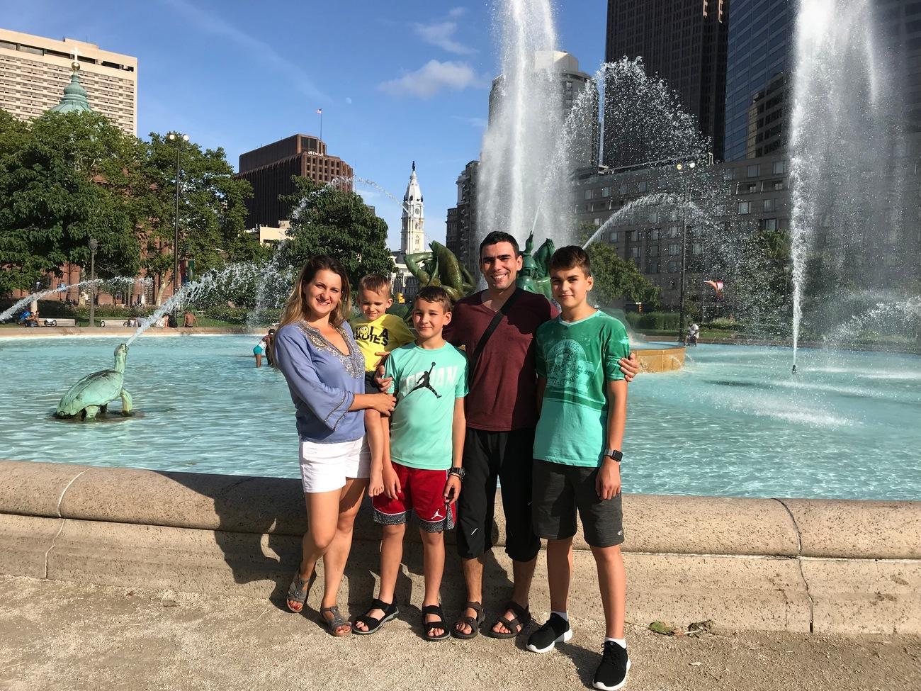 Алекс Павленко с семьей