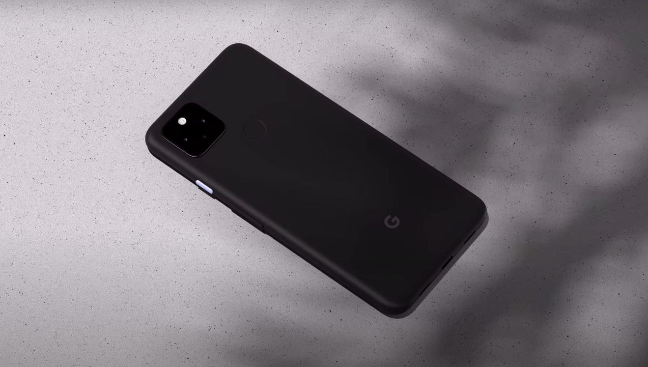 Pixel 4a 5 g/ Скриншот с YouTube