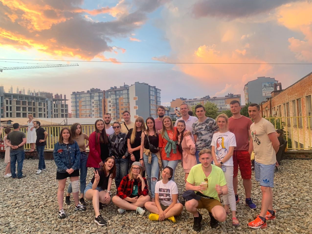Команда Jiji в Украине