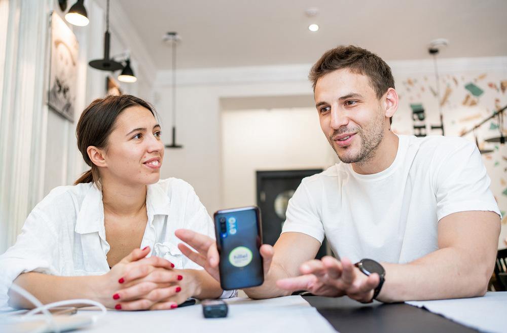 Михаил Черноморец и Татьяна Каменева, основатели ресторана «Cнiг на голову», 32 и 23 года