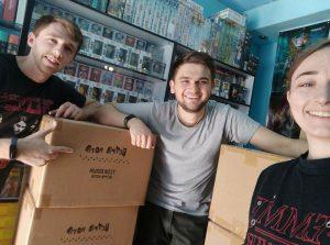 Александр Ручка с командой Geekach Shop