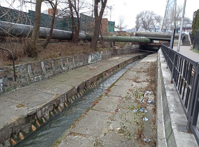 Лыбедь в районе киевского вокзала