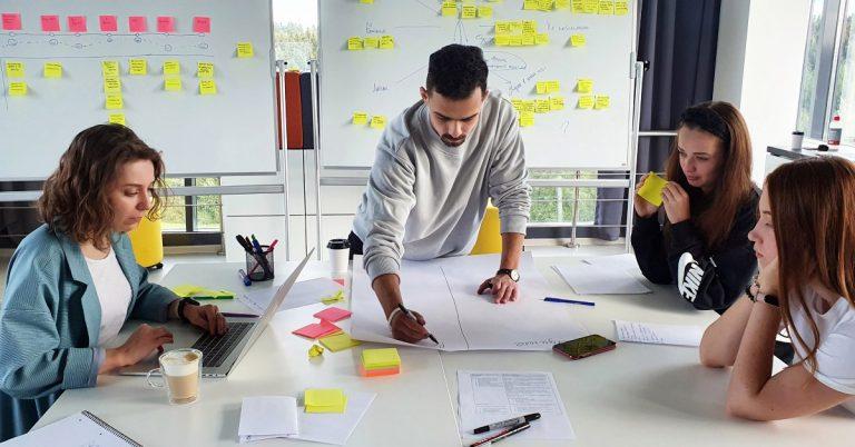 В Киеве открыла офис белорусская компания LeverX: будет учить бизнес не срывать сроки производства