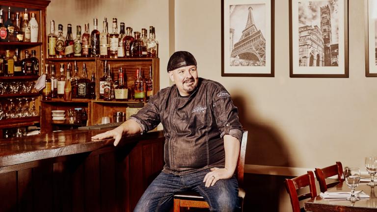 Лука Пэрис, владелец Luca's Mediterranean Café в Кине, Нью-Гэмпшир. Источник