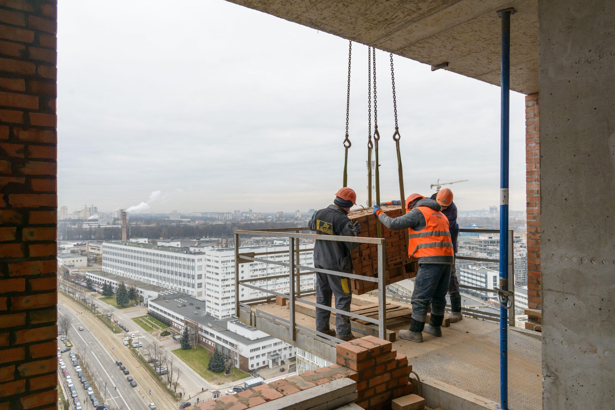 Будівництво житлового комплексу Creator City, січень 2021 року