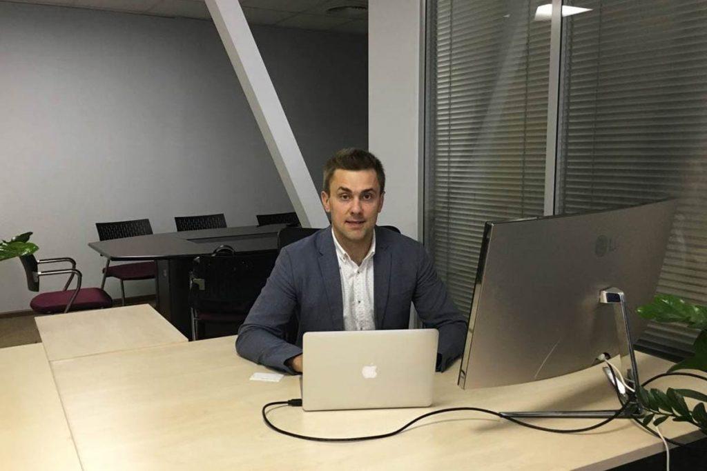 Евгений Руденко в первом офисе KIVI 2016