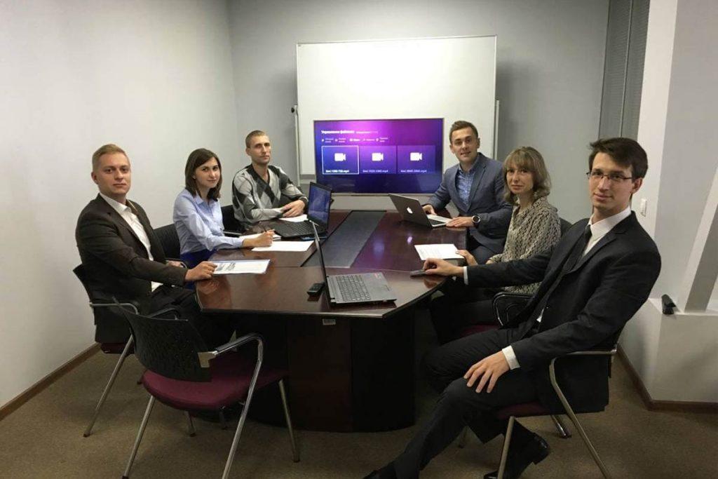 Первая команда KIVI. 5 из 6 работают и сейчас 2017